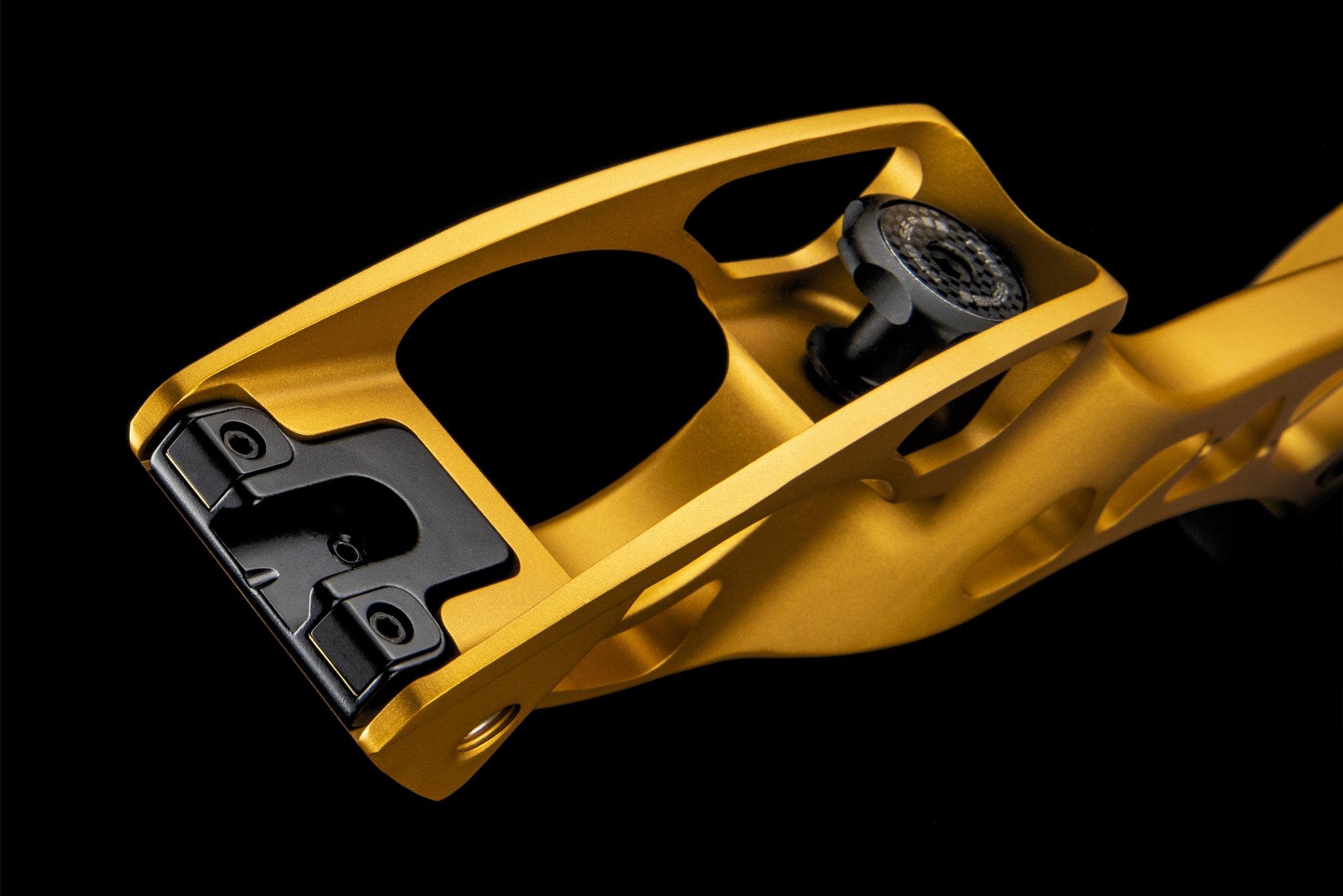 Hoyt Pro Series Dovetail Adjustment Block